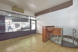 Foto Local en Alquiler en  Recoleta ,  Capital Federal  Laprida al 1200