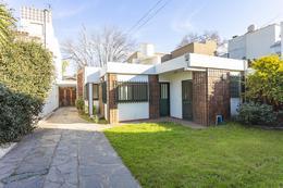 Foto Casa en Venta en  Lomas de Zamora Oeste,  Lomas De Zamora  Larrea 161