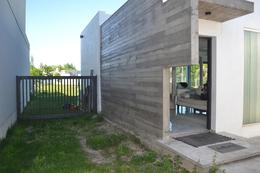 Foto Casa en Venta en  City Bell,  La Plata  City Bell  ( Barrio Privado El Cauce )