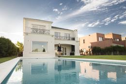 Foto Casa en Venta en  Los Alisos,  Nordelta  Nordelta