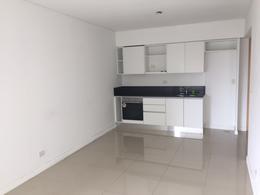 Foto Departamento en Alquiler en  Olivos-Vias/Rio,  Olivos  Av Libertador 2401, 6º