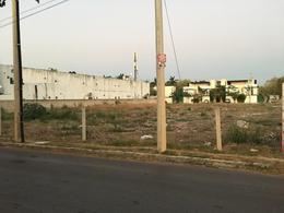 Foto Terreno en Renta en  Fraccionamiento Monte Alban,  Mérida  Enorme terreno sobre Av. Andres Garcia Lavin con 40 mts de frente y 80 mts de fondo, 3200 m² se renta todo NO por partes, da a 3 calles