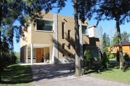 Foto Casa en Venta en  El Lauquen,  Countries/B.Cerrado (E. Echeverría)  CASA EN VENTA : CANNING :: EL LAUQUEN