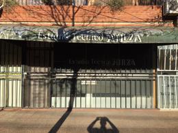 Foto Local en Alquiler en  Lomas de Zamora Oeste,  Lomas De Zamora  Alvear al 100