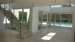 Foto Casa en Alquiler en  El Yacht ,  Nordelta  El Yacht al 300