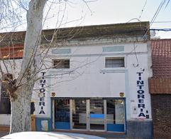 Foto Local en Alquiler en  Echesortu,  Rosario  Local Comercial a la Calle Zona Echesortu