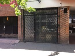 Foto Local en Venta en  Chacarita ,  Capital Federal  Av. Forest al 800