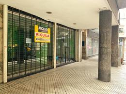 Foto Local en Alquiler en  Centro,  Rosario  Entre Rios al 700