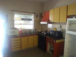 Foto Casa en Venta en  La Plata ,  G.B.A. Zona Sur  25 E/ 63 Y 64