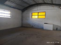 Foto Local en Alquiler en  Nueva Cordoba,  Cordoba Capital  PARANA al 200