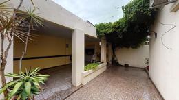 Foto Casa en Venta en  La Plata ,  G.B.A. Zona Sur  Calle 21 Nª 95 1/2 esq 34