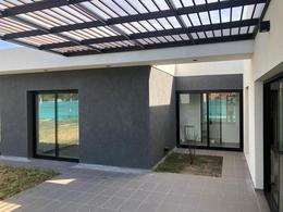 Foto Casa en Venta en  Canning (Ezeiza),  Ezeiza  Juana de Arco 7300 Santa Ines
