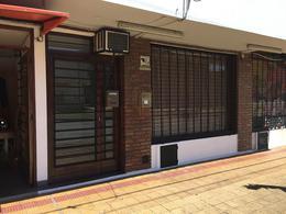 Foto Local en Venta en  La Plata,  La Plata  DG.74 N°: 2.811 E/ 64 Y 24