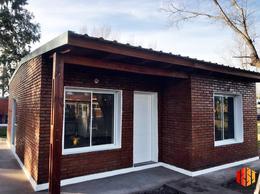 Foto Casa en Venta en  Alvear,  Rosario  El Aguaribay y El Algarrobo