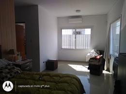 Foto Casa en Venta en  Cordoba Capital ,  Cordoba  Barrio Los Carolinos