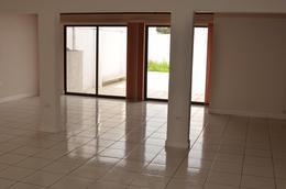Foto Casa en Venta en  Sanchez,  Curridabat  FRESES DE CURRIDABAT