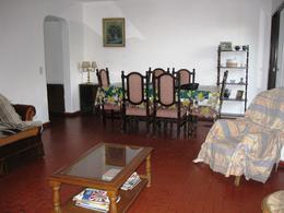 Foto Casa en Alquiler temporario en  La Horqueta,  San Isidro  La Horqueta
