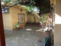 Foto Casa en Venta en  Florencio Varela,  Florencio Varela  LARREA 1047