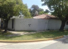 Foto Casa en Venta en  Ituzaingó Sur,  Ituzaingó  Pedro J Agrelo entre Deheza y Martinez