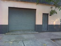 Foto Edificio Comercial en Venta | Alquiler en  Remedios De Escalada,  Lanus  General Pico 3743