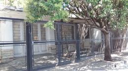 Foto Casa en Venta en  Moron Sur,  Moron  Buen Viaje al 1300