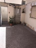 Foto PH en Venta en  Lomas de Zamora Este,  Lomas De Zamora  Almirante Brown 2172