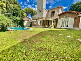 Foto Casa en Venta en  La Lucila,  Vicente Lopez  Mariano Moreno al 300
