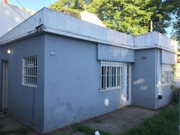 Foto Casa en Alquiler en  San Miguel,  San Miguel  Serrano al 2100