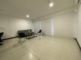Foto Departamento en Renta en  Mata Redonda,  San José  Nunciatura / Estudio / Semi amueblado / Ubicación / Seguridad