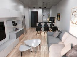 Departamento venta 1 dormitorio semipiso balcón al frente zona rio - Centro
