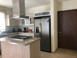 Foto Casa en condominio en Venta en  Llano Grande,  Metepec  Mesinas, Portofino