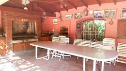 Foto Casa en Venta en  Las Lomas-Jockey,  Las Lomas de San Isidro  Laprida 2500