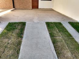 Foto Casa en Venta en  Miradores de Manantiales,  Cordoba Capital  Miradores de Manantiales - Oportunidad! - Duplex - dos dormitorios - Cochera x2