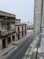 Foto Casa en Venta en  Ciudad Vieja ,  Montevideo  Brecha casi Rambla, padrón unico reciclado con gran potencial !!