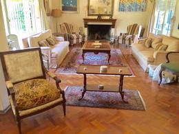 Foto Casa en Venta en  Carrasco ,  Montevideo  Próxima a Harwood ,  gran parque