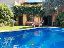 Foto Casa en Venta en  La Lucila,  Vicente López  Mariano Moreno al 400