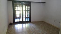 Foto Casa en Venta en  Constitucion,  Mar Del Plata  Valencia al 4700