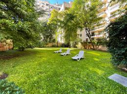 Foto Departamento en Alquiler | Venta en  Recoleta ,  Capital Federal  Dto. 3 amb. mas dependencia 240 Mts2 totales con jardin