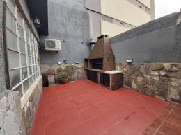 Foto Local en Venta en  Liniers ,  Capital Federal  Carhue al 1300