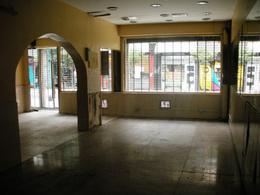 Foto Local en Alquiler en  Retiro,  Centro  Maipú y Paraguay