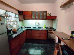Foto PH en Venta en  Villa Saenz Peña,  Tres De Febrero  Beazley 814