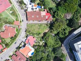 Foto Terreno en Venta en  San Rafael,  Escazu  Laureles / Entre árboles / Plano / Dos viviendas