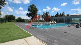 Foto Apartamento en Venta | Alquiler en  Carrasco ,  Montevideo  Carrasco, Av. de las Américas al 7700