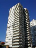 Foto Departamento en Venta en  Punta del Este ,  Maldonado  Edificio Monarca        Península -   Punta del Este