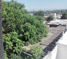 Foto Casa en Venta en  Amp.Altamira,  Cordoba  Domingo Mateau al 4000