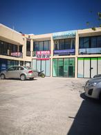 Foto Local en Renta en  Arbide,  León  Local en Renta en Blvd. Algeciras Arbide en Placita c/Estacionamiento aproximadamente 6 x 5 En Planta Alta
