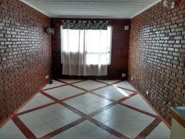 Foto Departamento en Venta   Alquiler en  Bella Vista,  Rosario  CRESPO al 1800