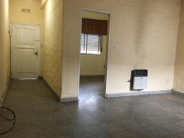 Foto Departamento en Venta en  Temperley Este,  Temperley  Lautaro 597