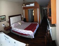 Foto Casa en Venta en  Yerba Buena ,  Tucumán  Zavalia al 700