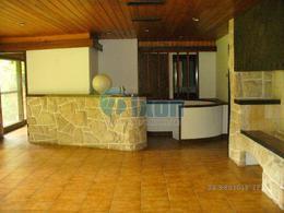 Foto Casa en Venta en  Beccar,  San Isidro  AYACUCHO al al 100